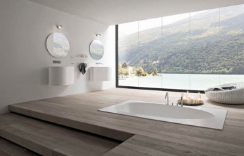 Classy and modern bathroom with nice tub