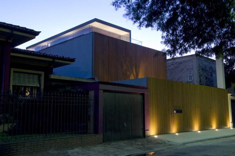 Minimalist Urban Home Exterior