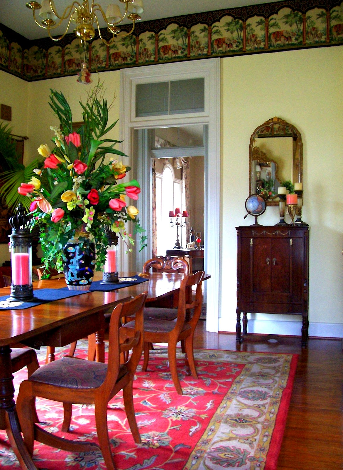 Nice exotic dining room designs 2 spotlats for Nice dining room pictures