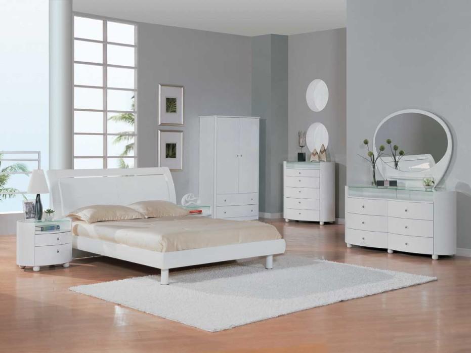 Nice White Bedroom Design Ideas 021