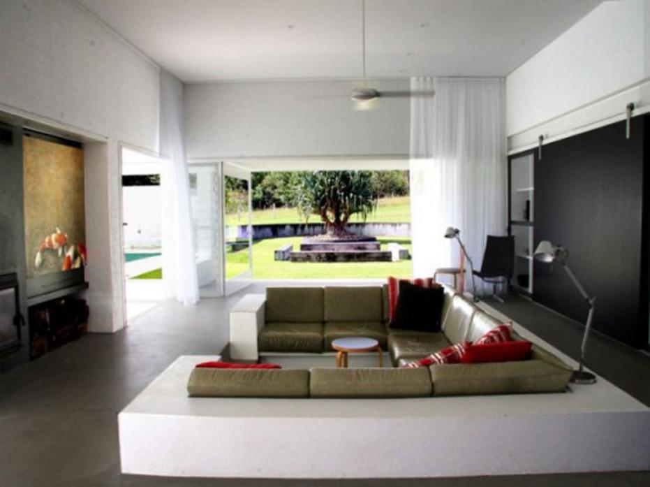 Simple Minimalist House Interiors