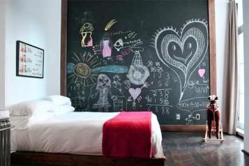 Decorative Chalkboards at bedroom