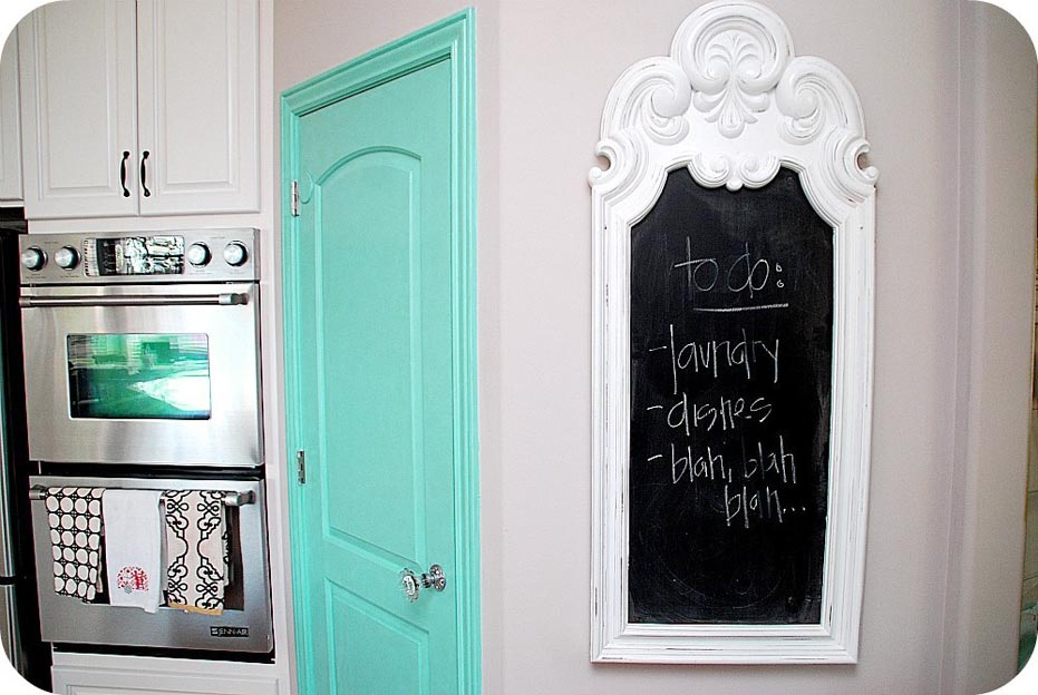 Presenting decorative chalkboards for home