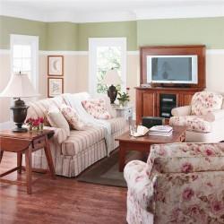 Arranging small living room