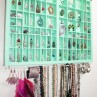 bracelet-storage-on-the-wall