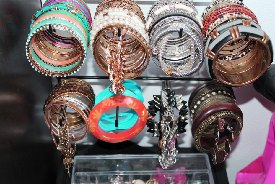 bracelet storage wall hanger ideas