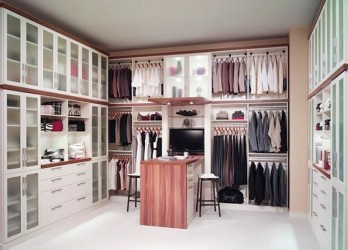 Complete walk in closet space
