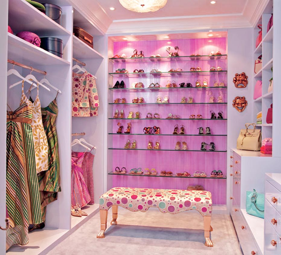 Having a cool walk in closets for luxury interior design for Cool closet designs