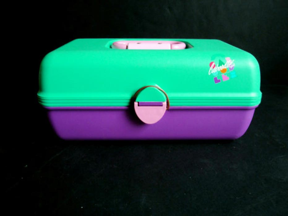1980s-Caboodles-makeup-storage-idea