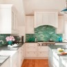 Using-turquoise-backsplash-for-the-wall-of-the-room