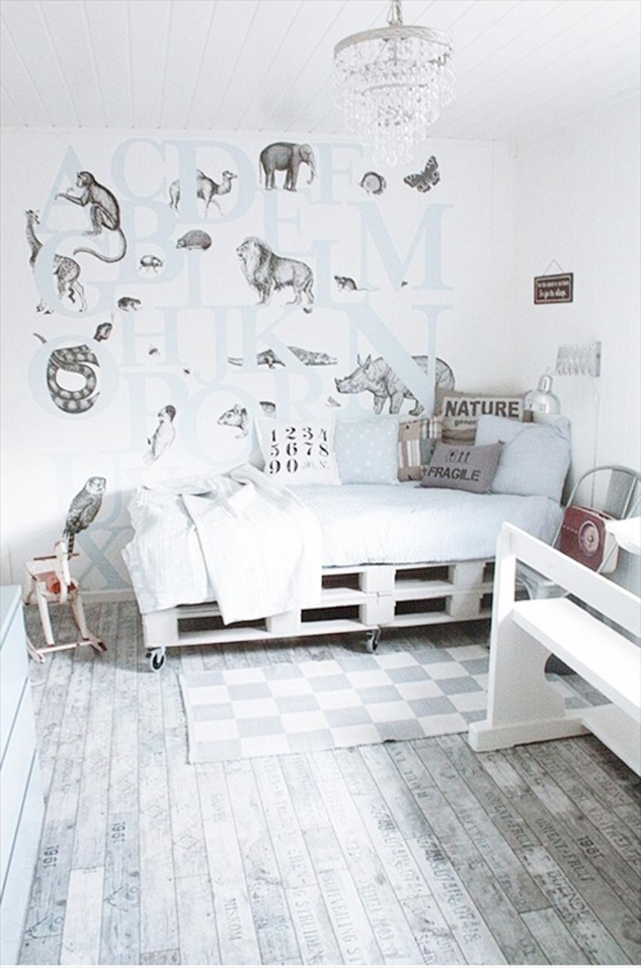 Wood Pallet Furniture Idea white room