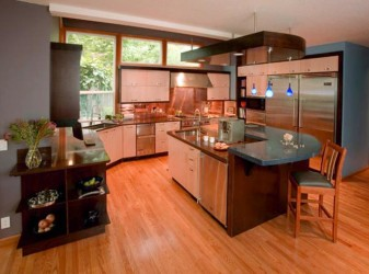 Kitchen island and table with contrast color