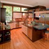 kitchen-island-and-table-with-contrast-color