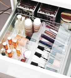 Makeup drawer organizer idea