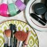 makeup-organizer-plates-idea