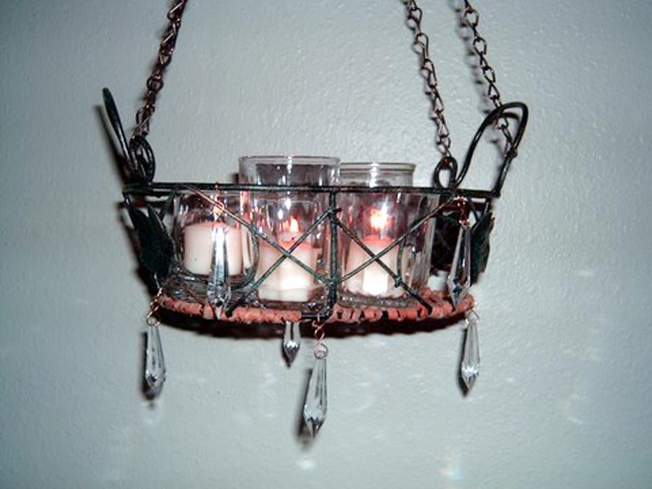 Non Electric Chandeliers Design