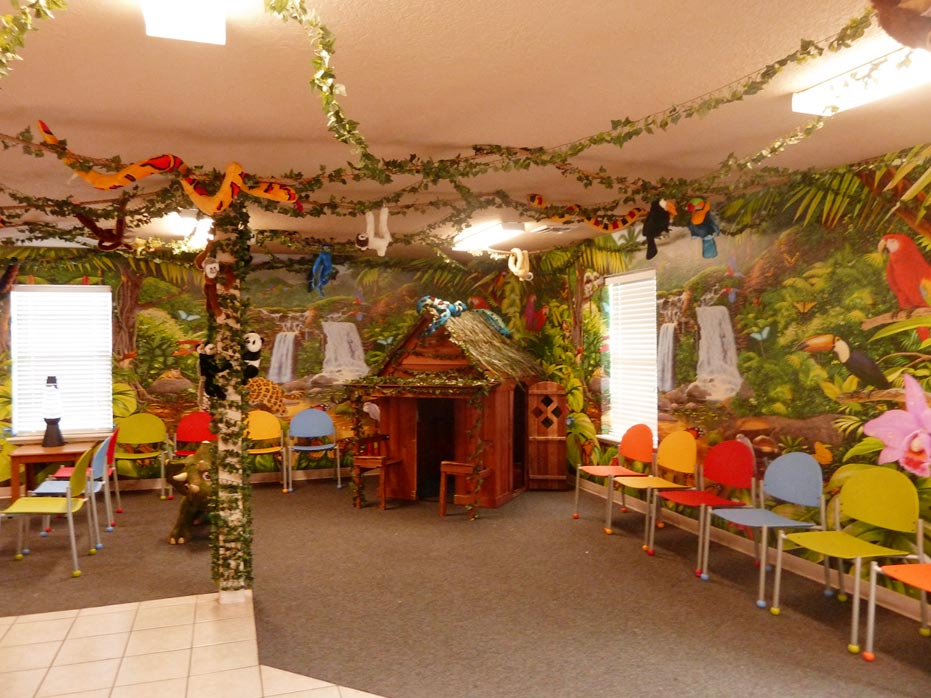 pediatric waiting room interior design