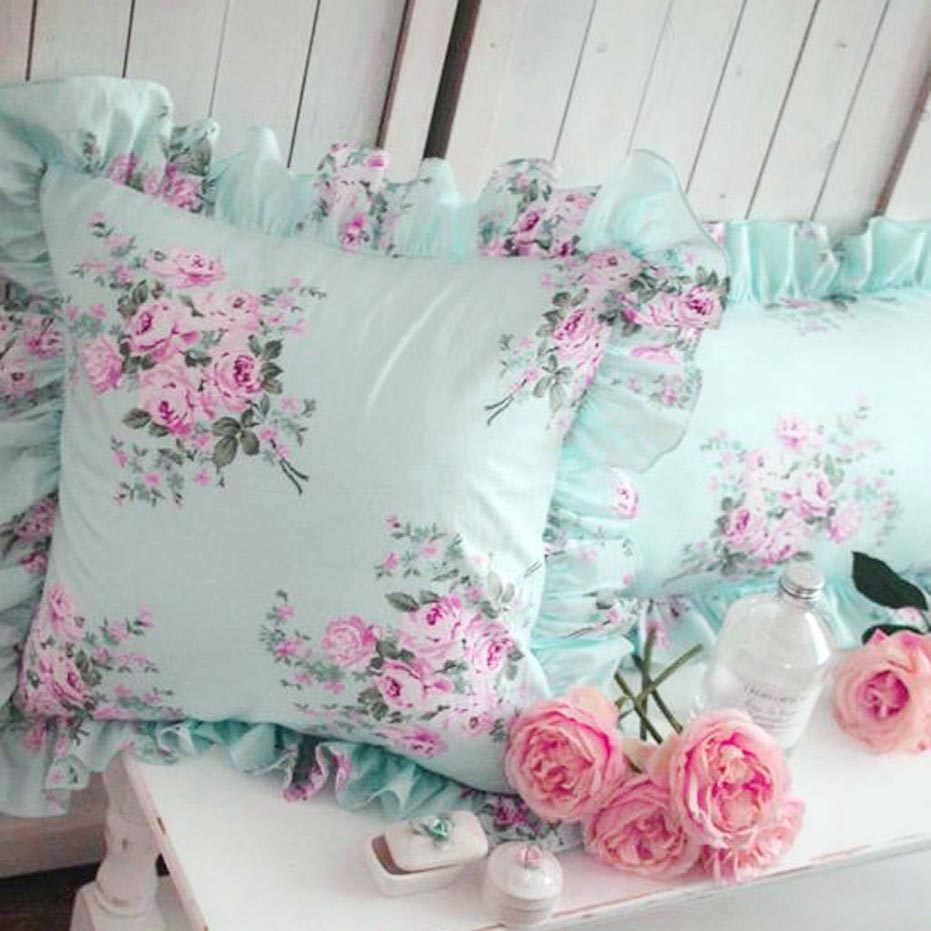 Simple Shabby Chic Pillows
