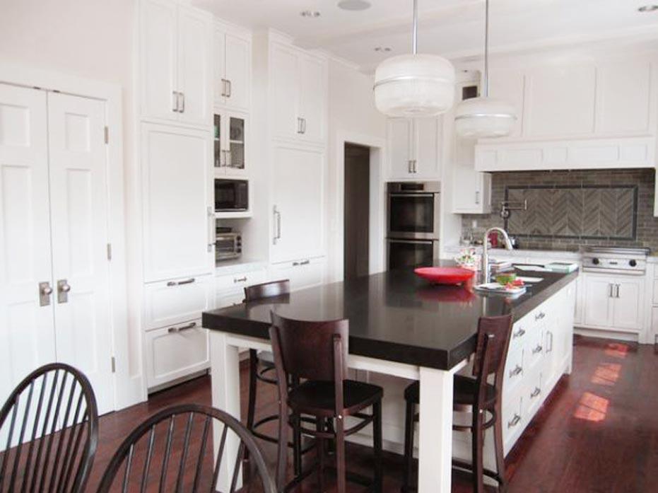 White Kitchen Brown Chairs Spotlats