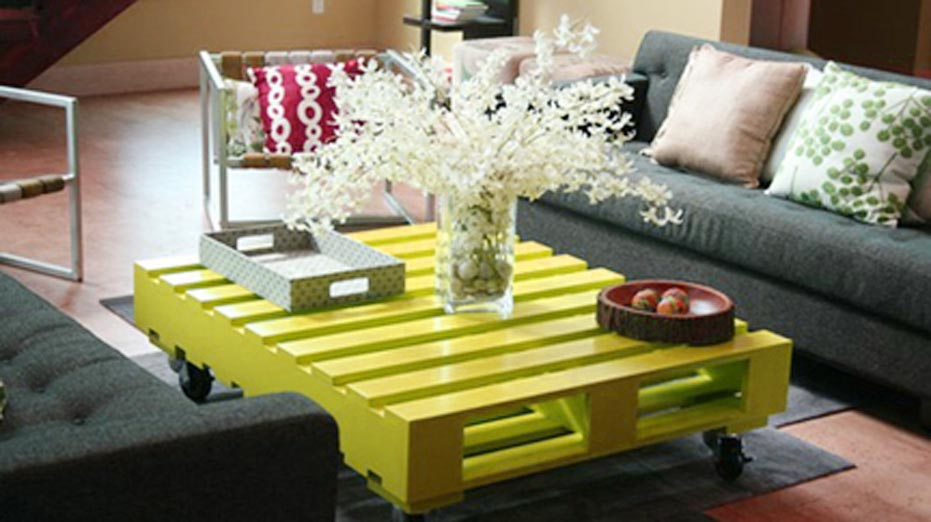 Wood Pallet Coffee Table Project