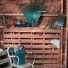 wood-pallet-garden-tool-organizer-project