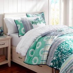 Dorm Room Bedding Accessories For Girls So Pretty And Chic