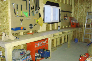 Garage wooden work bench plans 1