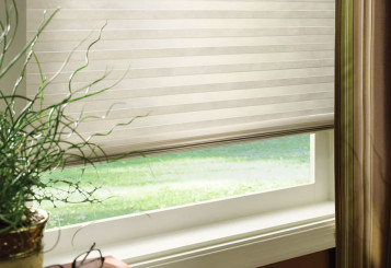 Insulated Room Darkening Roller Shades Are Charming