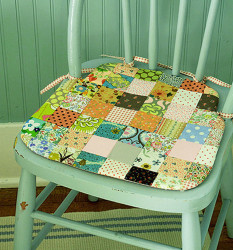 Kitchen chair cushions with ties 2