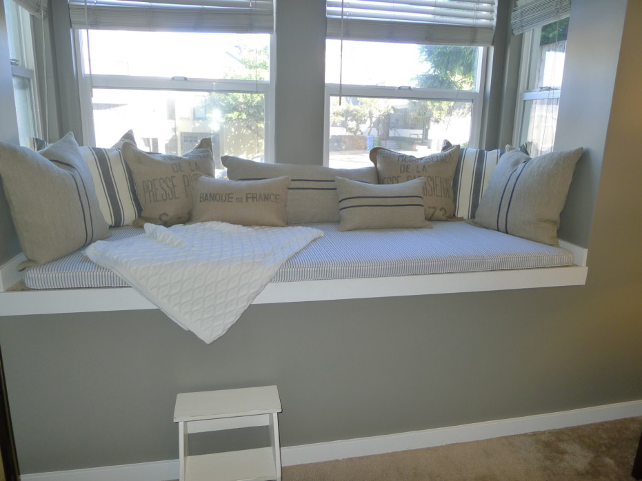 Custom Bay Window Seat Spotlats