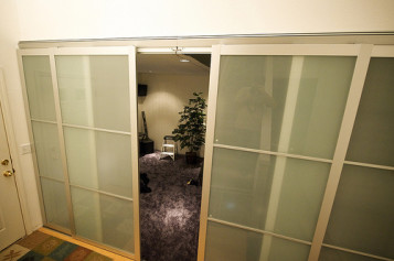 Hanging IKEA Pax Doors