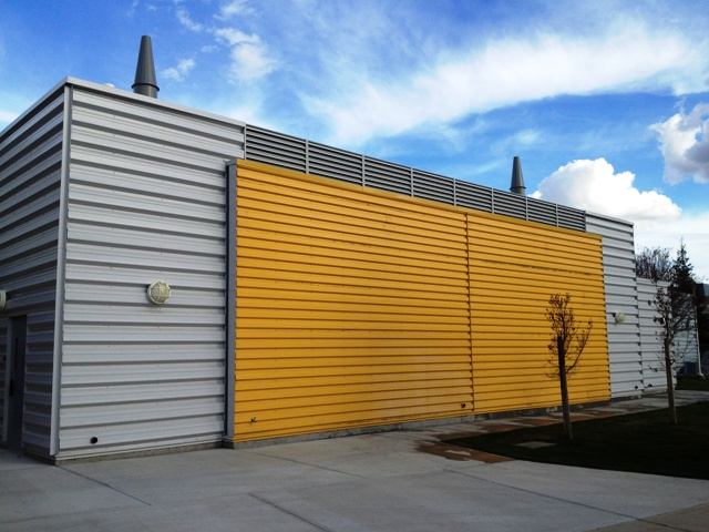 Morin metal wall panels spotlats for Architectural siding
