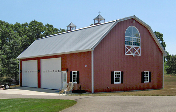 Pole barns spotlats for Pole barn style garage
