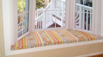 Simple Bay Window Cushion