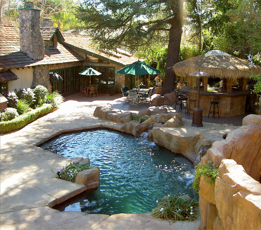 Beautiful backyard pool designs product lineup spotlats - How to create a small outdoor oasis ...