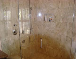 Charming Small Bathroom Decorating Ideas