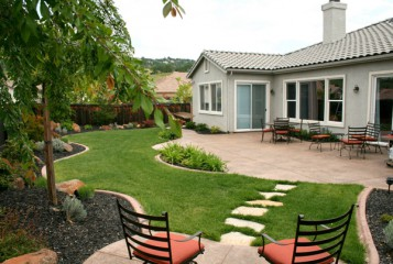 Fabulous Backyard Landscaping Ideas On A Budget
