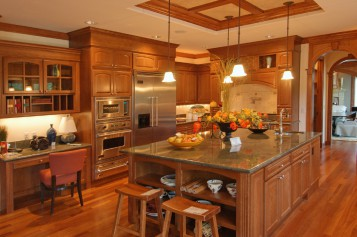 Gorgeous  Oak Wood Cabinets Product Image