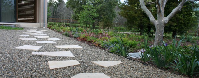 Gravel Decorating ideas for fine Landscape Contemporary design