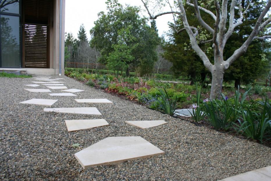 Gravel Decorating Ideas For Fine Landscape Contemporary Design