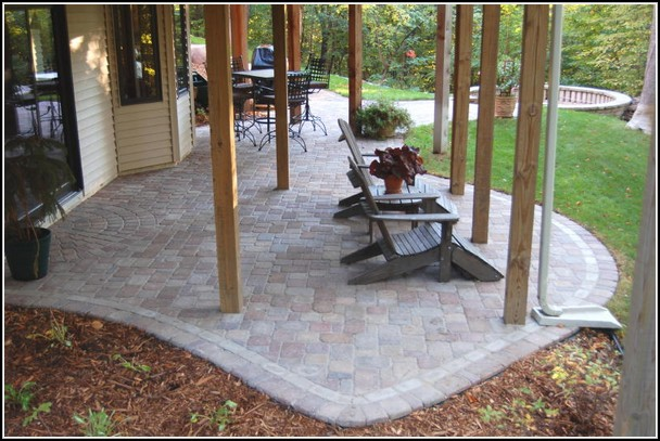 Paver Patio Designs Under Deck Photo Gallery Spotlats Org