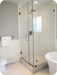 Bathroom Design Ideas With White Subway Tiles And Borders