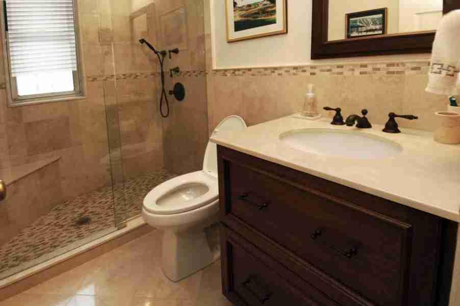 Small Bathroom Design Walk In Shower