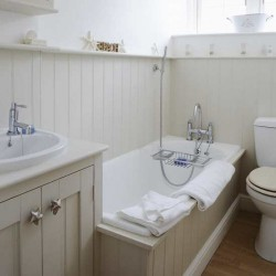 Small Bathroom Makeovers