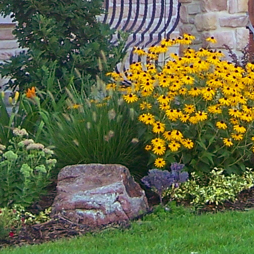 Garden Ideas Small Landscape Gardens Pictures Gallery: Vegetable Garden Design : Spotlats